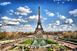 Побачити Париж і…